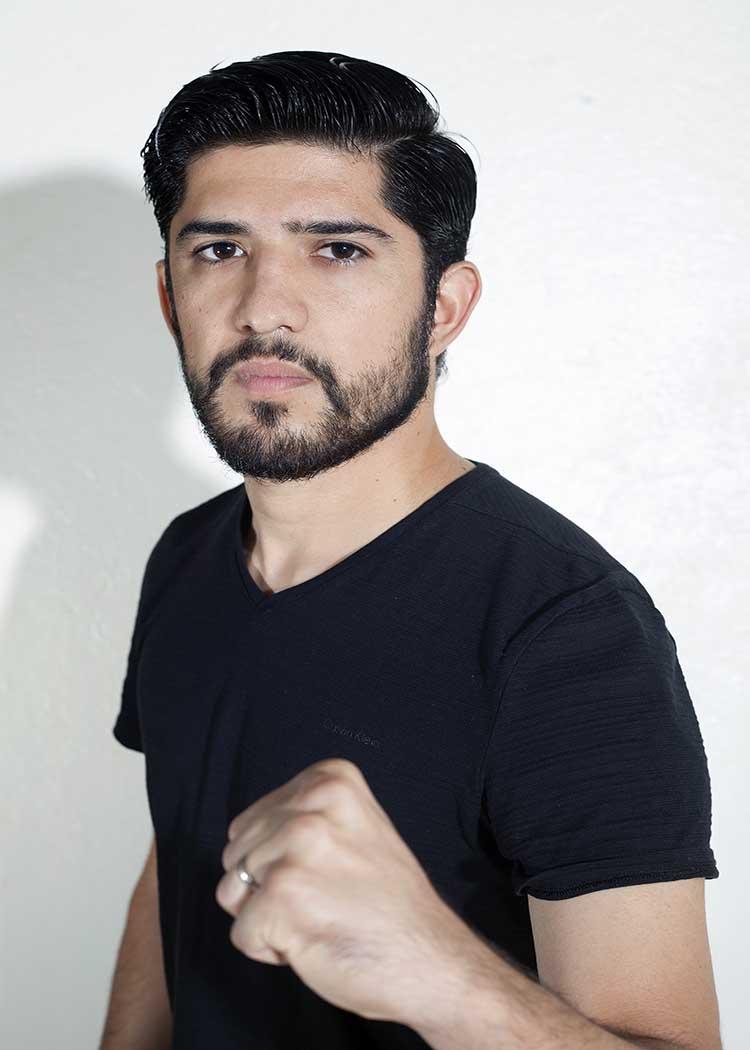 Rodrigo boxing